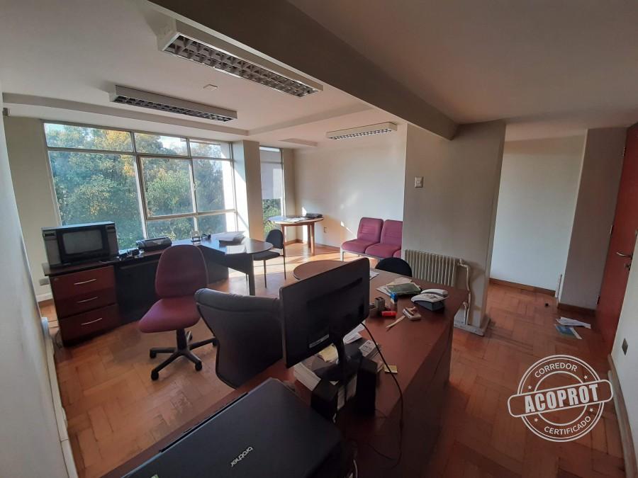 Vendo amplia oficina en pleno Centro de Temuco